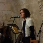 Gwenaëlle Rébillard, lecture soirée Bouche à Oreille, château de Neuvic - Ph. K. Bénard